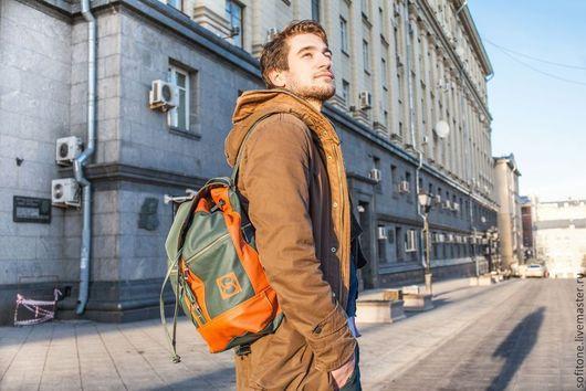 Рюкзаки ручной работы. Ярмарка Мастеров - ручная работа. Купить Городской рюкзак зеленый с терракотовым. Handmade. Кожаный рюкзак