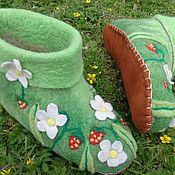 Обувь ручной работы. Ярмарка Мастеров - ручная работа валяные тапочки  На поляне. Handmade.