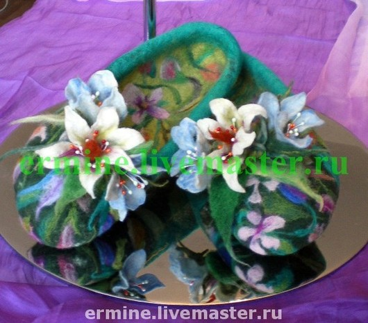Handmade Shoes handmade. Livemaster - handmade. Buy felted slippers 'flower garden'.Wool, felted slippers, house slippers, sneaker