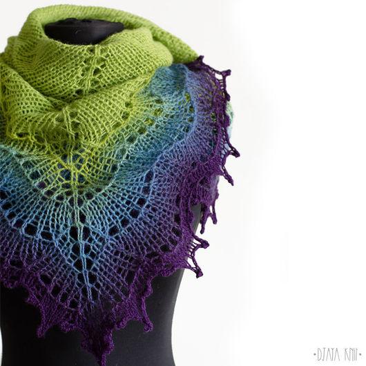 Шали, палантины ручной работы. Ярмарка Мастеров - ручная работа. Купить Шаль Фурия III (зеленый с фиолетовым). Handmade.