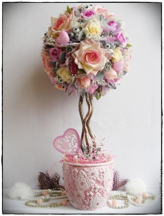 """Топиарии ручной работы. Ярмарка Мастеров - ручная работа. Купить Топиарий """"Нежная любовь"""".. Handmade. Розовый, розы, бусины"""