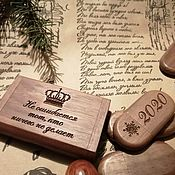 Сувениры и подарки handmade. Livemaster - original item Wooden flash drive with engraving, in a box, a gift made of wood. Handmade.
