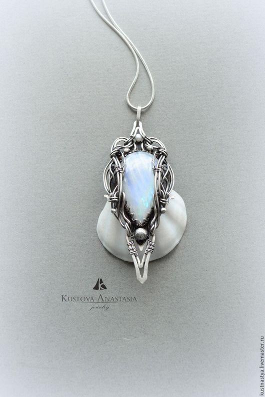 """Кулоны, подвески ручной работы. Ярмарка Мастеров - ручная работа. Купить Кулон из серебра """"Angel"""" вечернее свадебное украшение. Handmade."""