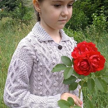Работы для детей, ручной работы. Ярмарка Мастеров - ручная работа Кардиган для девочки кофта из шерсти жакет вязаный Араны ручная работа. Handmade.