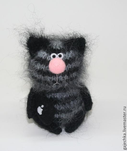 Игрушки животные, ручной работы. Ярмарка Мастеров - ручная работа. Купить Полосатый кот с Айпэдом. Handmade. Кот, вязаный кот