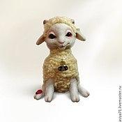 Куклы и игрушки ручной работы. Ярмарка Мастеров - ручная работа Овечка Мегги из валяной шерсти. Handmade.