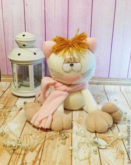 Игрушки животные, ручной работы. Ярмарка Мастеров - ручная работа. Купить Кошка Малышка из флиса. Handmade. Разноцветный, кошка в подарок