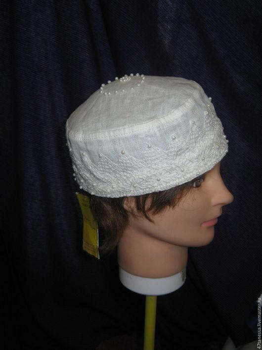 Одежда и аксессуары ручной работы. Ярмарка Мастеров - ручная работа. Купить Шляпа-таблетка лен с кружевом и украшена жемчугом. Handmade.
