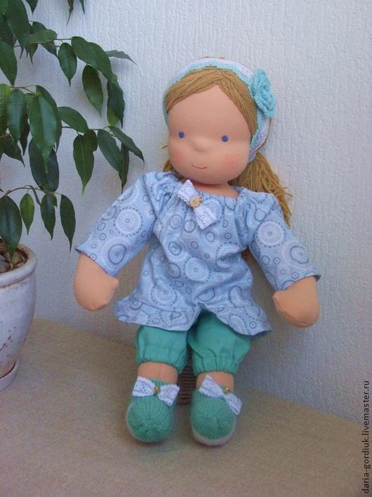 Вальдорфская игрушка ручной работы. Ярмарка Мастеров - ручная работа. Купить Вальдорфская кукла в мятном. Handmade. Вальдорфская кукла