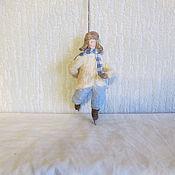 Подарки к праздникам ручной работы. Ярмарка Мастеров - ручная работа Мальчик на коньках. Ватные елочные игрушки. Handmade.