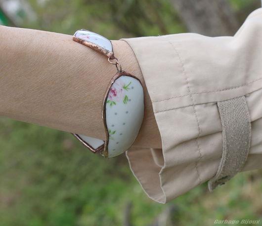 Браслеты ручной работы. Ярмарка Мастеров - ручная работа. Купить Безумный браслет в цветочек. Handmade. Белый, цветочное украшение, осколки