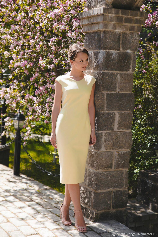 Платье-футляр с V-образным вырезом желтое, Платья, Москва,  Фото №1