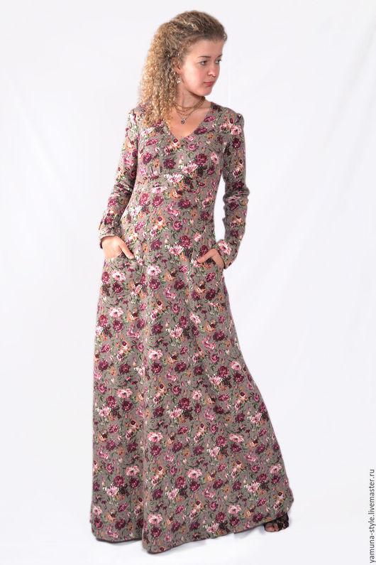 Платья ручной работы. Ярмарка Мастеров - ручная работа. Купить Платье зимнее в цветочек. Handmade. Синий, платье на каждый день