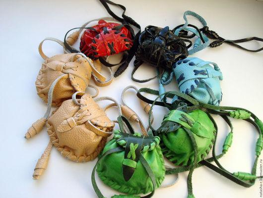 Кулоны, подвески ручной работы. Ярмарка Мастеров - ручная работа. Купить Сумочка малютка (возможен любой цвет). Handmade.