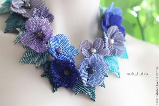 Колье, бусы ручной работы. Ярмарка Мастеров - ручная работа. Купить Колье с цветами из бисера, цветочное колье, синий сиреневый (0389). Handmade.