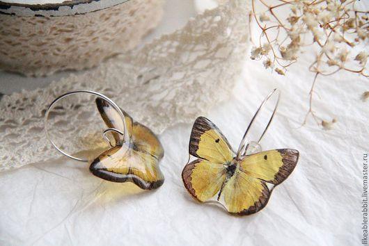 Серьги ручной работы. Ярмарка Мастеров - ручная работа. Купить Прозрачные серьги бабочки. Handmade. Желтый, бабочки, необычне, красочные