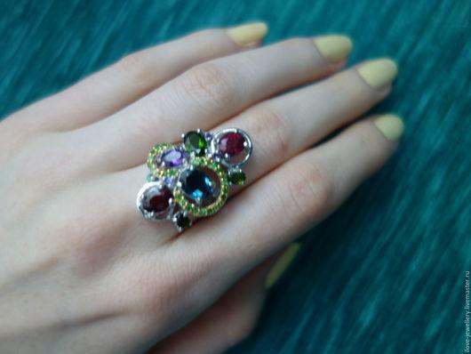 """Кольца ручной работы. Ярмарка Мастеров - ручная работа. Купить """"Бриджида""""-модное серебряное кольцо с натуральными самоцветами. Handmade. Комбинированный"""