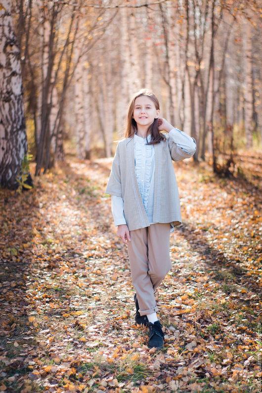 Одежда для девочек, ручной работы. Ярмарка Мастеров - ручная работа. Купить Детские тёплые брюки из бежевой шерсти с манжетами и карманами. Handmade.