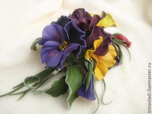цветы из кожи, кожаный цветок, брошь из кожи  цветок,заколка для волос цветок,украшение в прическу. обруч для волос. кожаный ободок,брошь анютины глазки. заколка анютки, цветы ручной работы, искусстве