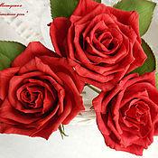 Цветы и флористика ручной работы. Ярмарка Мастеров - ручная работа Красные розы из фоамирана. Handmade.