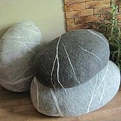 Для дома и интерьера ручной работы. Ярмарка Мастеров - ручная работа Валяные камни-пуфы. Handmade.