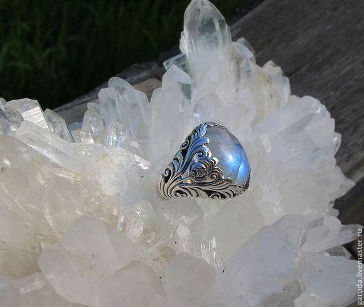"""Кольца ручной работы. Ярмарка Мастеров - ручная работа. Купить Кольцо """"Флора"""" с лунным камнем. Handmade. Серебряное кольцо"""