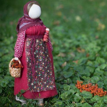 """Куклы и игрушки ручной работы. Ярмарка Мастеров - ручная работа Народная кукла """"Рябинка"""". Handmade."""