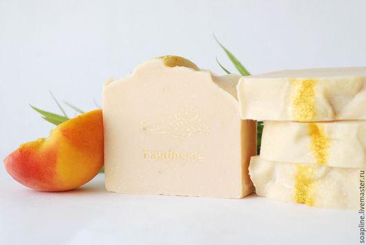 """Мыло ручной работы. Ярмарка Мастеров - ручная работа. Купить """"Персик"""" натуральное мыло с нуля с пюре персика. Handmade. Бежевый"""