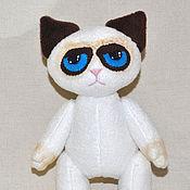 Куклы и игрушки ручной работы. Ярмарка Мастеров - ручная работа Grumpy cat Сердитый кот. Handmade.