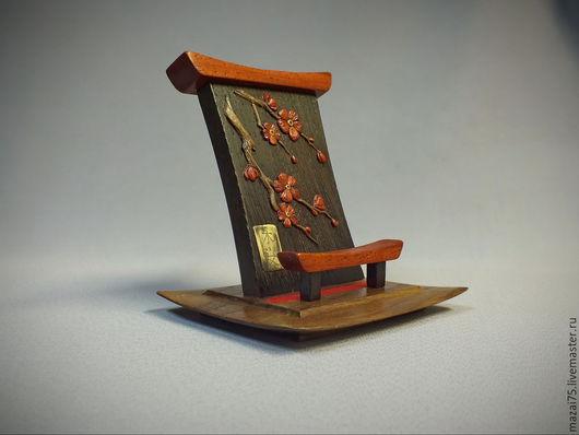 """Подарочные наборы ручной работы. Ярмарка Мастеров - ручная работа. Купить Подставка для мобильного телефона """"Сакура"""". Handmade. Цветок, гравировка"""