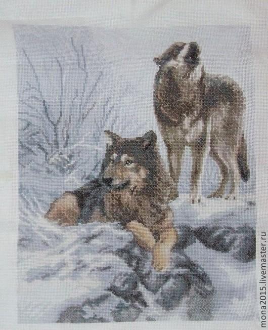 """Животные ручной работы. Ярмарка Мастеров - ручная работа. Купить вышивка крестом """"Заснеженный лес"""". Handmade. Белый, волки, Снег"""