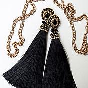 Серьги-кисти ручной работы. Ярмарка Мастеров - ручная работа Серьги с шелковистыми кистями и вышивкой в черном цвете. Handmade.