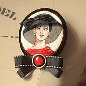 """Украшения ручной работы. Ярмарка Мастеров - ручная работа вышитая брошь """"красное и черное"""". Handmade."""