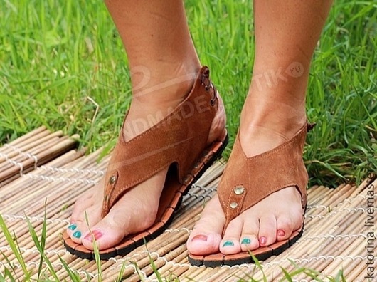 Handmade Shoes handmade. Livemaster - handmade. Buy low sandals made of genuine leather in red.Sandals