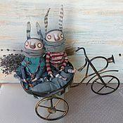 Куклы и игрушки ручной работы. Ярмарка Мастеров - ручная работа Пара зайчиков. Handmade.