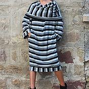 Одежда ручной работы. Ярмарка Мастеров - ручная работа Полосатое повседневное макси платье с капюшоном и длинными рукавами. Handmade.