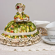 """Для дома и интерьера ручной работы. Ярмарка Мастеров - ручная работа Кукла грелка на чайник 0,8 л Ткань """"Груши"""". Handmade."""