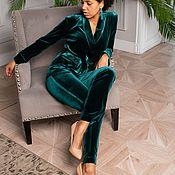 Костюмы ручной работы. Ярмарка Мастеров - ручная работа Пижамный костюм из зелёного бархата. Handmade.