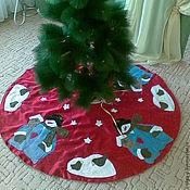 """Подарки к праздникам ручной работы. Ярмарка Мастеров - ручная работа Покрывало под ёлку """"Веселый снеговик"""". Handmade."""