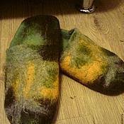 Обувь ручной работы. Ярмарка Мастеров - ручная работа тапочки-шлепки валяные мужские В осеннем лесу. Handmade.