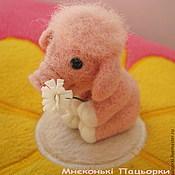 """Куклы и игрушки handmade. Livemaster - original item Поросенок """"Зефирчик"""", свинка из шерсти. Handmade."""
