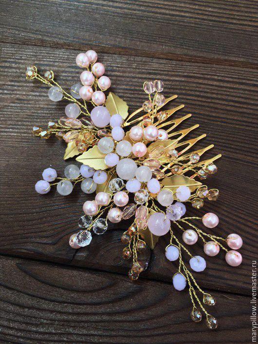 Свадебные украшения ручной работы. Ярмарка Мастеров - ручная работа. Купить Золотой свадебный гребень с листиками в розовых оттенках. Handmade.