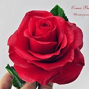Цветы и флористика ручной работы. Ярмарка Мастеров - ручная работа Алая роза из полимерной глины. Handmade.