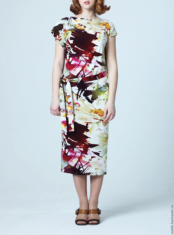 Платья трикотажное с цветами фото