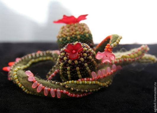 """Броши ручной работы. Ярмарка Мастеров - ручная работа. Купить Брошь """"Кактусы"""". Handmade. Мексика, лиана, бусины люсит"""