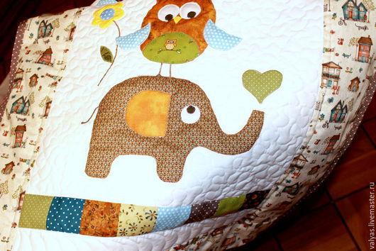 Пледы и одеяла ручной работы. Ярмарка Мастеров - ручная работа. Купить Детское одеяло  лоскутное   именное. Handmade. Разноцветный, Аппликация