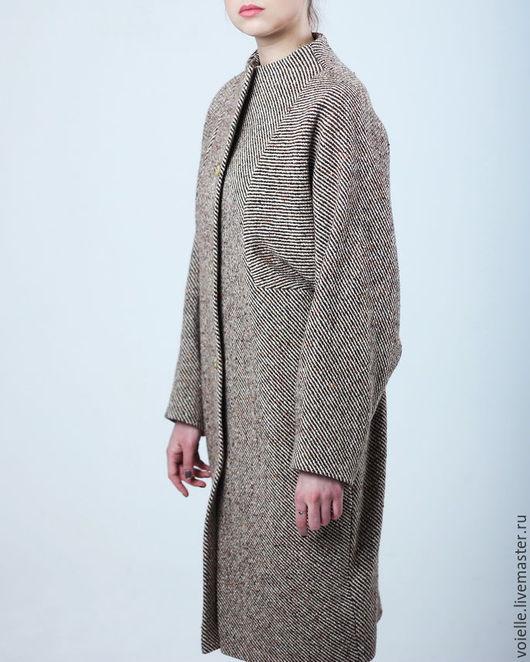 пальто однотонное, пальто на осень, пальто на зиму, пальто серое, пальто теплое, пальто на подкладе, пальто демисезонное, пальто модное, пальто комфортное, пальто с широким рукавом, пальто объемное