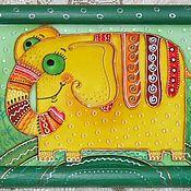 """Картины и панно ручной работы. Ярмарка Мастеров - ручная работа Витражная роспись """"Солнечный слоник"""" витражная картина на стекле. Handmade."""
