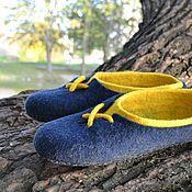 """Обувь ручной работы. Ярмарка Мастеров - ручная работа Валяные тапочки """"Сине-желтые"""". Handmade."""