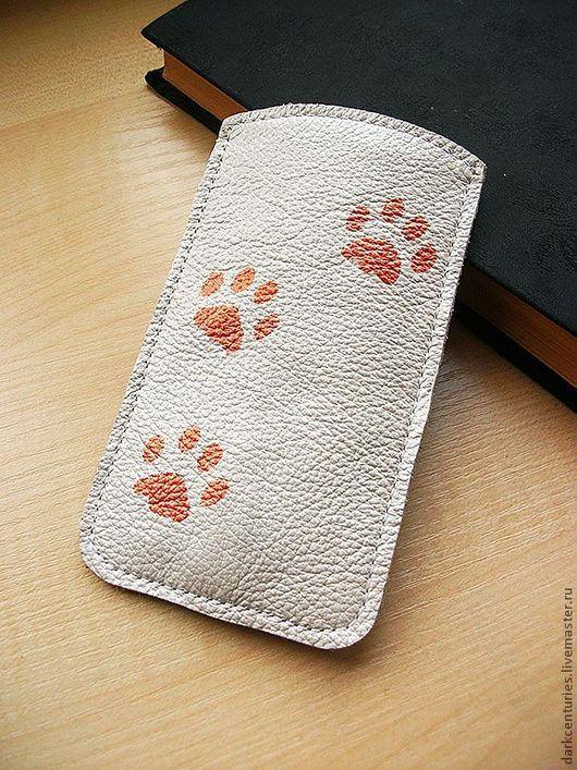Для телефонов ручной работы. Ярмарка Мастеров - ручная работа. Купить Чехол для телефона айфон (iPhone 5) из натуральной кожи белый. Handmade.